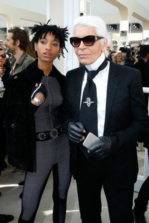 holding-willow-smith-chanel.jpg